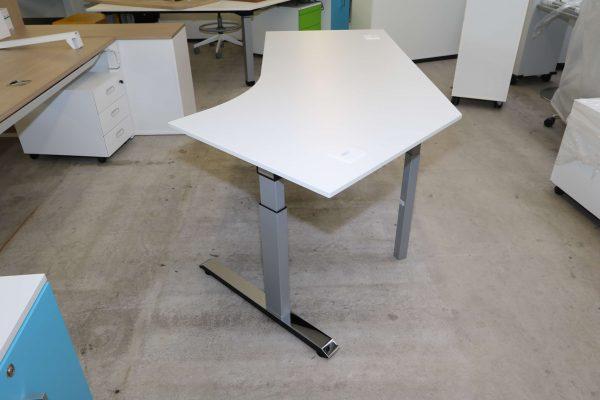 Sedus Temptation C Schreibtisch weiß mit 45 Grad Winkel Sicht von der Winkelseite