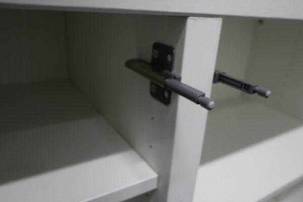 Sideboards Kombination weiß-blau rollbar Dämpfung