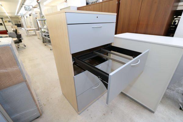 Steelcase Hängeregister Schrank 4OH Ahorn Silbergrau 2. Schublade geöffnet