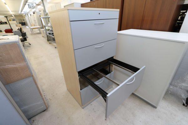 Steelcase Hängeregister Schrank 4OH Ahorn Silbergrau 3. Schublade geöffnet