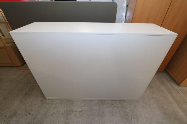 Steelcase Highboard weiß 3OH 160 cm breit Rückansicht
