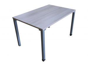 Steelcase Kalidro Schulungstisch Akazie 120 cm Schrägansicht