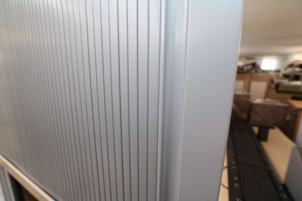 Steelcase Querrollo-Aktenschrank 6OH Ahorndekor Rollodetail