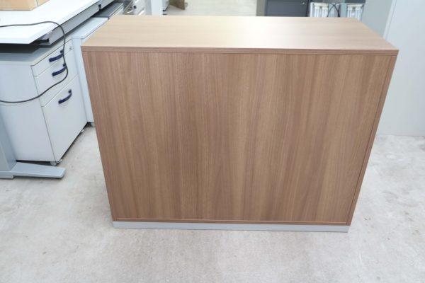 Steelcase Schiebetüren Sideboard Nussbaum 2OH 120 cm Rückseite