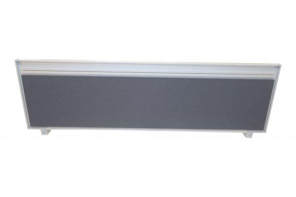 Steelcase Trennwand frontal und freigestellt