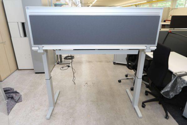 Steelcase Trennwand in grau andere Ansicht hoch