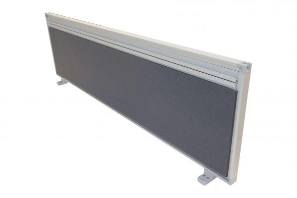 Steelcase Trennwand grau freigestellt schräge Ansicht