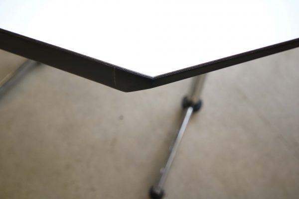USM Kitos Tisch weiß Tischkante