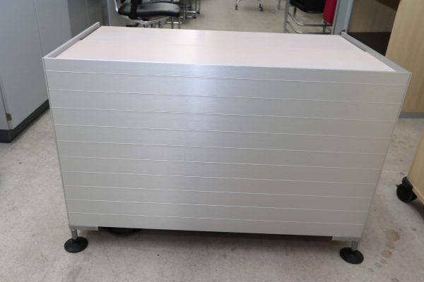 Vitra Medienmoebel Aluminium Echtholz Ansicht von hinten