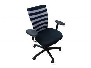 Vitra T-Chair mit breiten Streifen versch. Farben freigestellt
