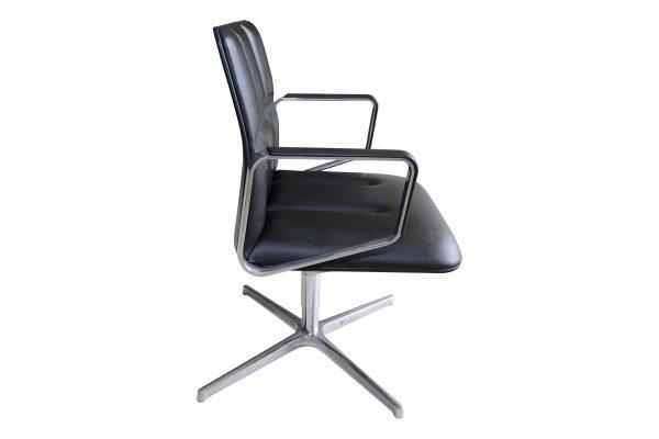 walter knoll lead chair schwarz seitlich